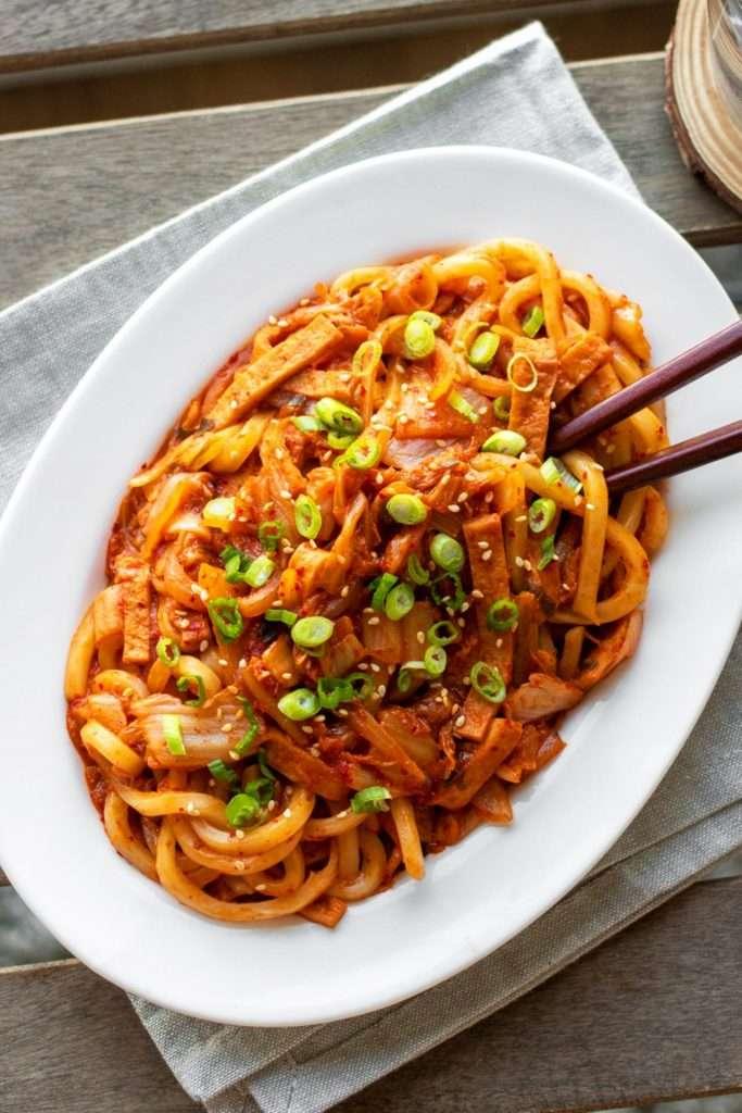 Stir-Fried Kimchi Udon Noodles