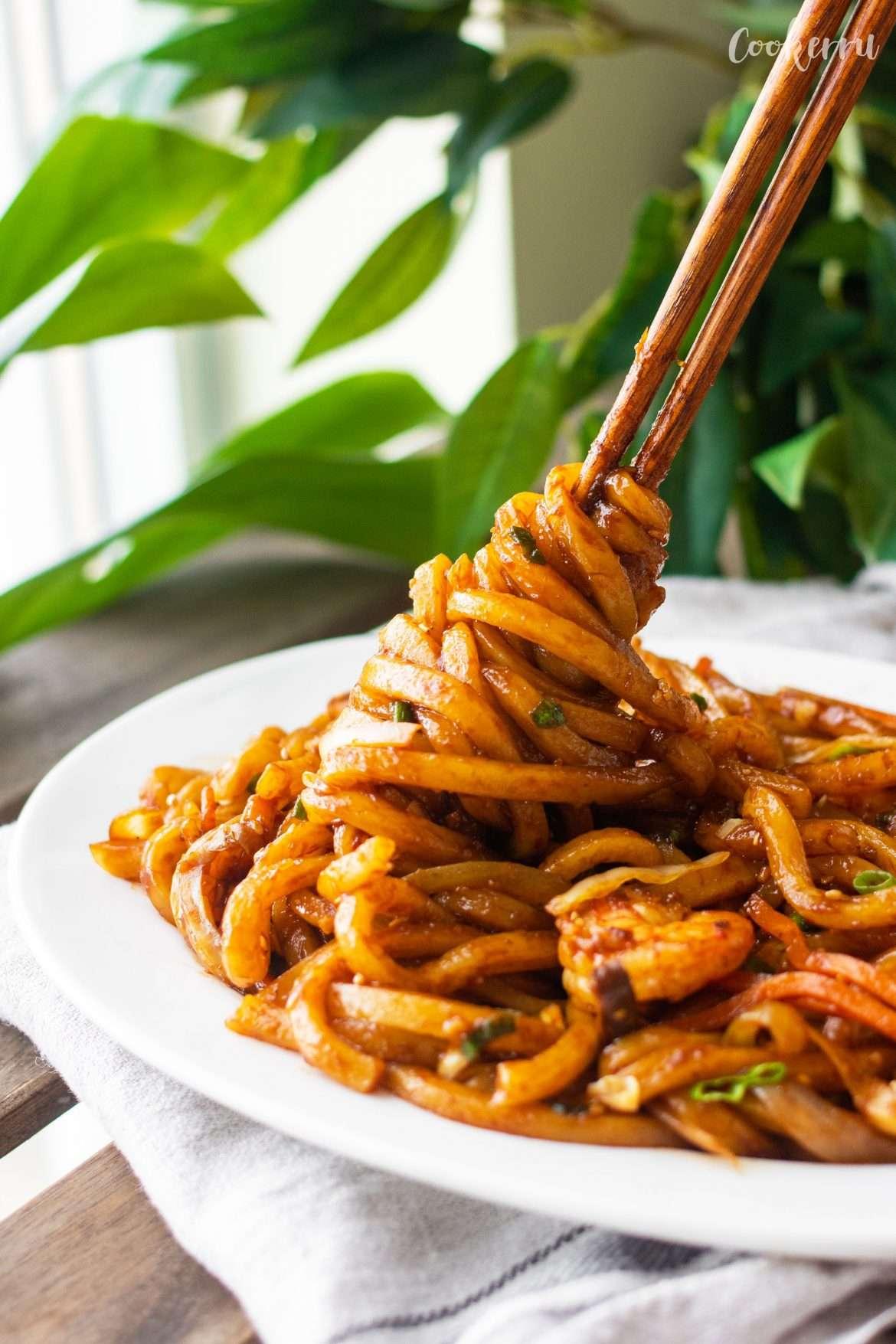 15-Minute Yaki Udon with Shrimp