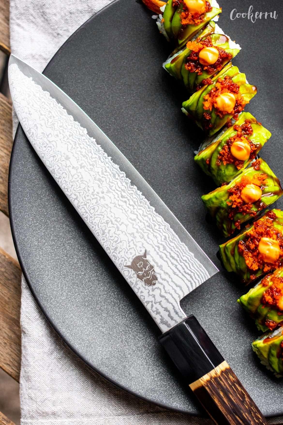 YASHA Santoku Knife with Green Dragon Roll