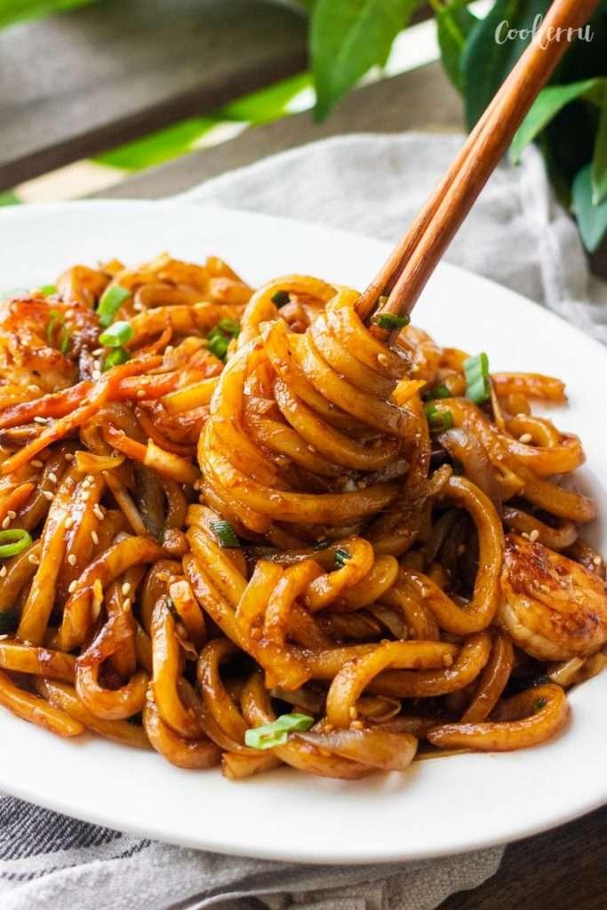 15-Minute Yaki Udon (Stir-Fried Udon Noodles)